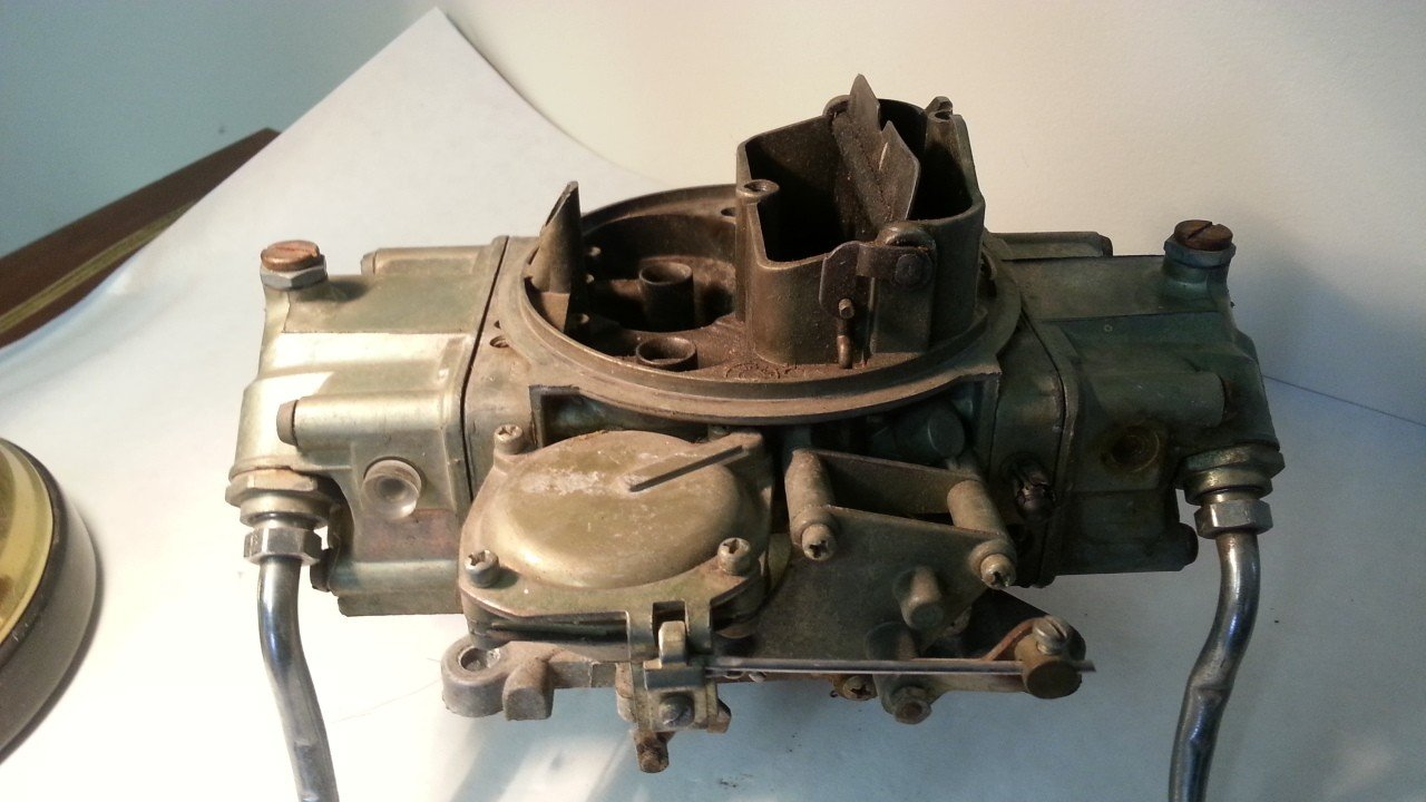 Holley 750 CFM Carburetor  3310-4 — USED